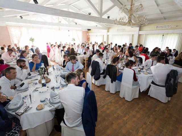 La boda de Santiago y Isabel en A Coruña, A Coruña 13