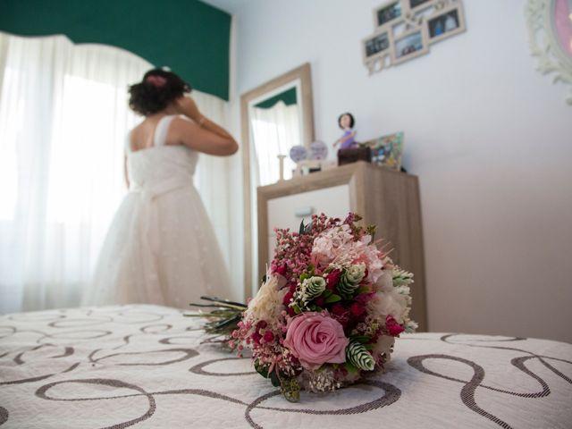 La boda de Santiago y Isabel en A Coruña, A Coruña 17