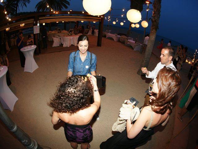 La boda de Jess y Silvia en Canet De Mar, Barcelona 23