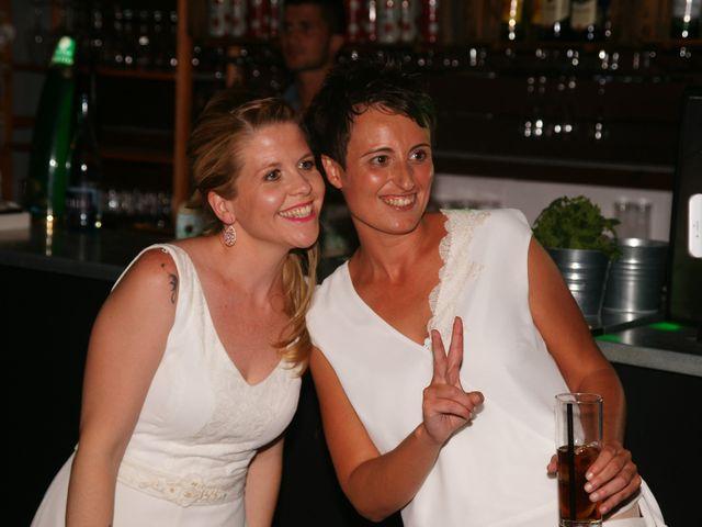 La boda de Jess y Silvia en Canet De Mar, Barcelona 33