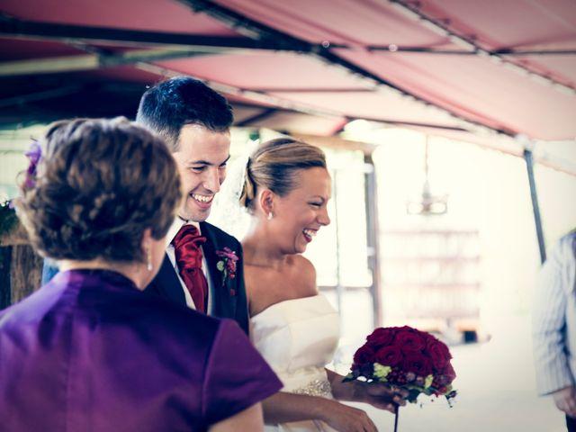 La boda de Mikel y Ana en Loiu, Vizcaya 17