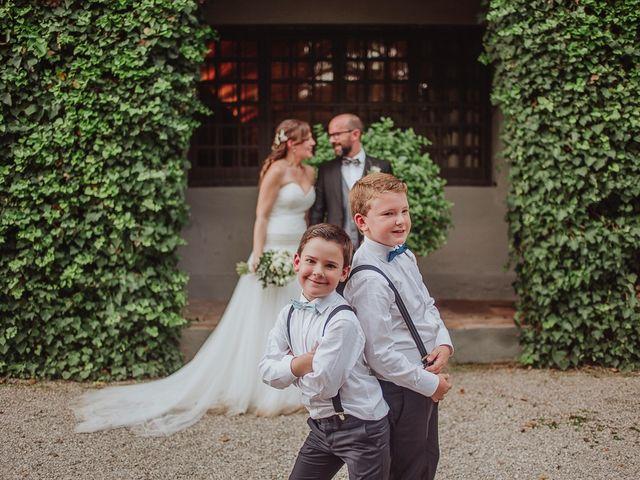 La boda de David y Mónica en Torrelles De Llobregat, Barcelona 32