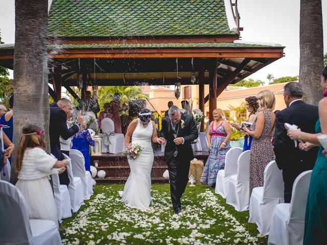 La boda de Francisco  y Patricia  en Puerto De La Cruz, Santa Cruz de Tenerife 28