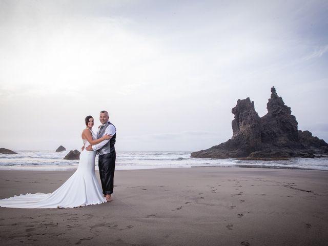 La boda de Francisco  y Patricia  en Puerto De La Cruz, Santa Cruz de Tenerife 48