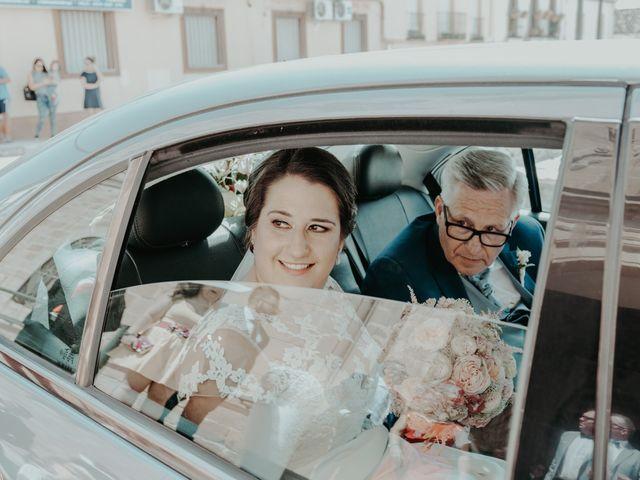 La boda de Miguel Ángel y Verónica en La Carolina, Jaén 23