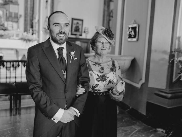 La boda de Miguel Ángel y Verónica en La Carolina, Jaén 24