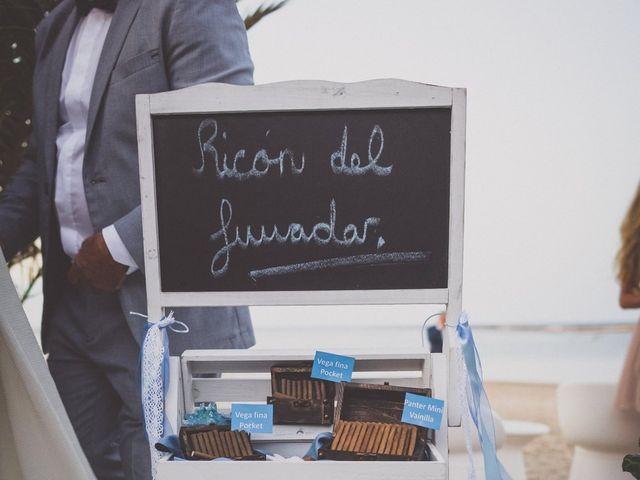 La boda de Christian  y Silvia en La Manga Del Mar Menor, Murcia 15