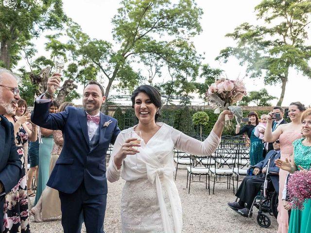 La boda de Miguel Angel y Valeria en San Fernando De Henares, Madrid 17