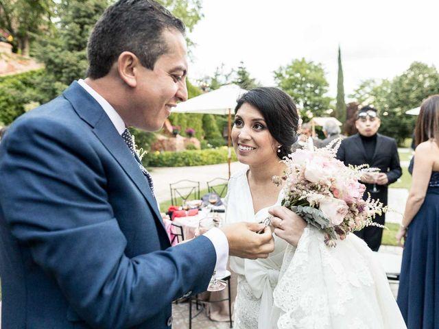 La boda de Miguel Angel y Valeria en San Fernando De Henares, Madrid 25