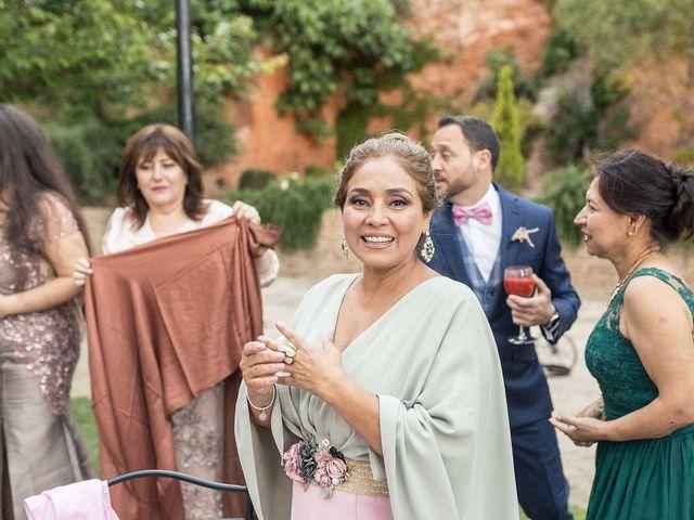 La boda de Miguel Angel y Valeria en San Fernando De Henares, Madrid 27
