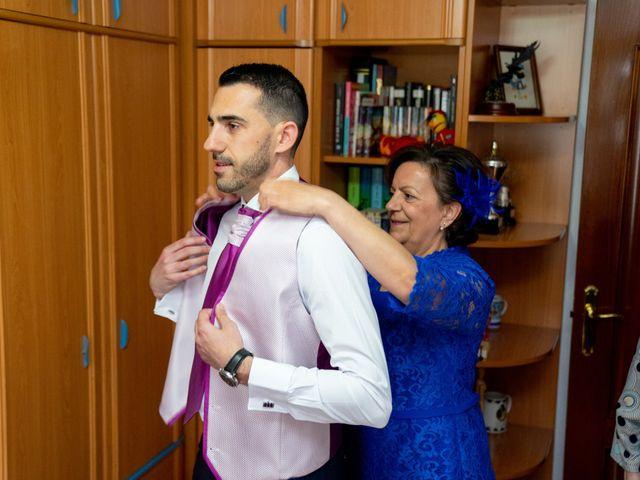 La boda de Carlos y Rut en Madrid, Madrid 32
