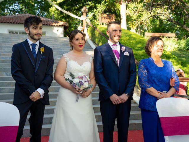 La boda de Carlos y Rut en Madrid, Madrid 221