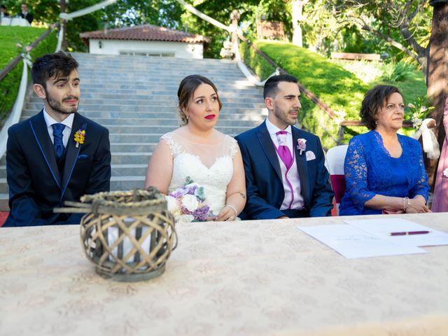 La boda de Carlos y Rut en Madrid, Madrid 225