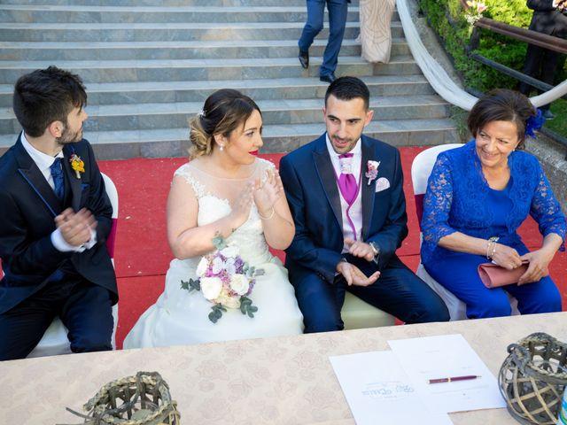 La boda de Carlos y Rut en Madrid, Madrid 235