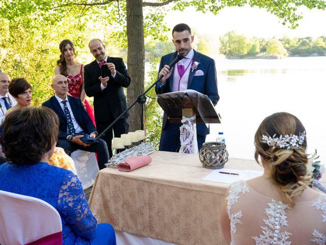 La boda de Carlos y Rut en Madrid, Madrid 275