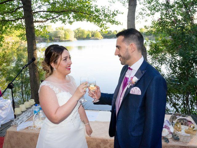 La boda de Carlos y Rut en Madrid, Madrid 321