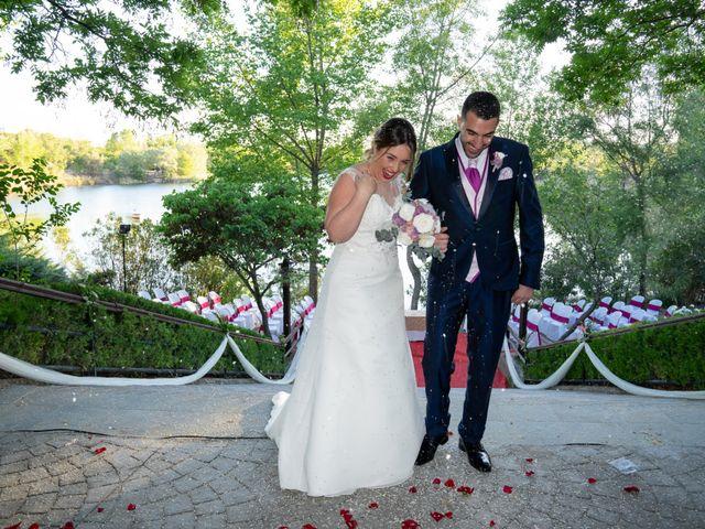 La boda de Carlos y Rut en Madrid, Madrid 329