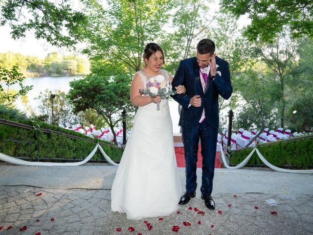 La boda de Carlos y Rut en Madrid, Madrid 331