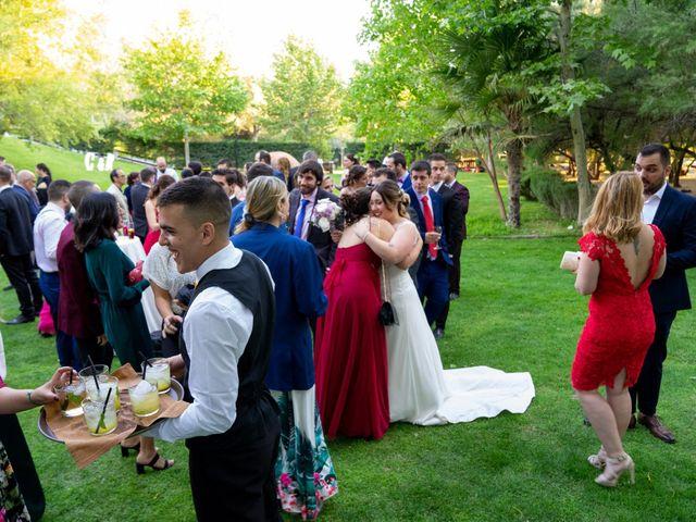 La boda de Carlos y Rut en Madrid, Madrid 387