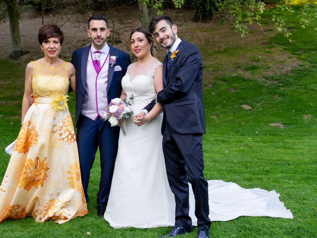 La boda de Carlos y Rut en Madrid, Madrid 396
