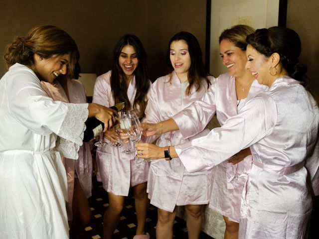 La boda de Cesar Loo y Lourdes González  en Toledo, Toledo 9