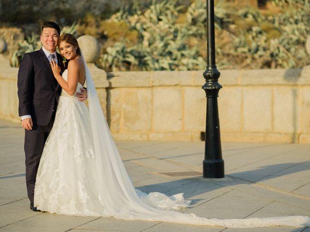La boda de Cesar Loo y Lourdes González  en Toledo, Toledo 22