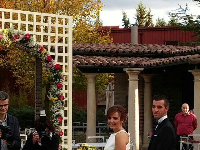 La boda de Adri y Yeni en Carracedelo, León 9