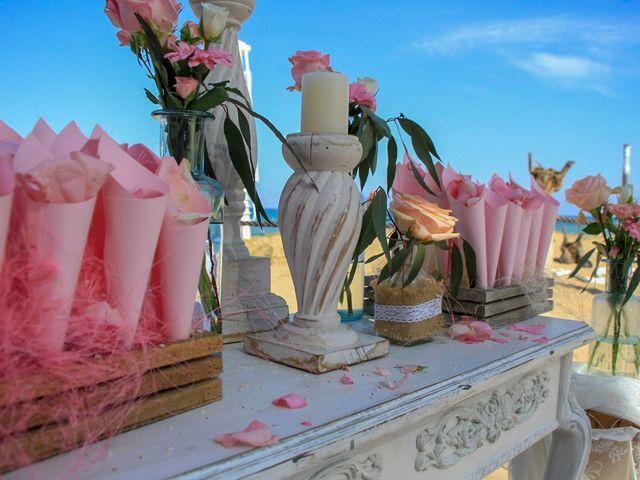 La boda de Ben y Inés en La Mata, Alicante 25