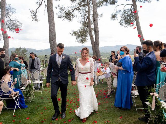 La boda de Esther y Santi en Sant Marti De Tous, Barcelona 20