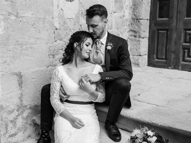 La boda de Esther y Santi en Sant Marti De Tous, Barcelona 21