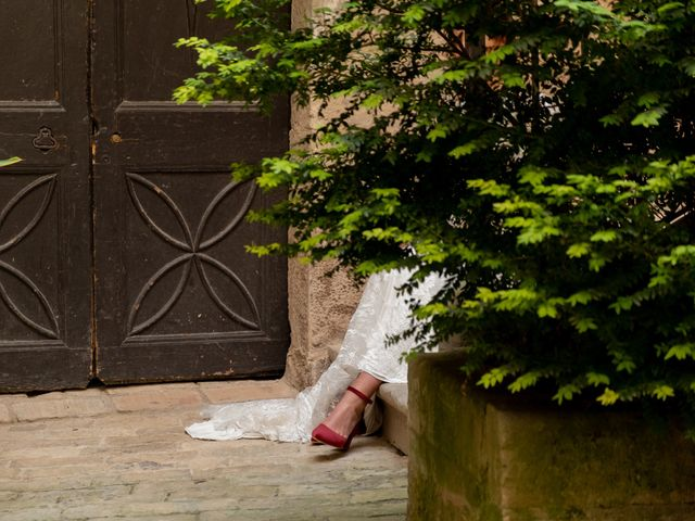 La boda de Esther y Santi en Sant Marti De Tous, Barcelona 23