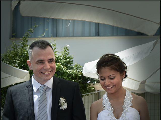 La boda de Liliana y Toni en Miramar, Valencia 4