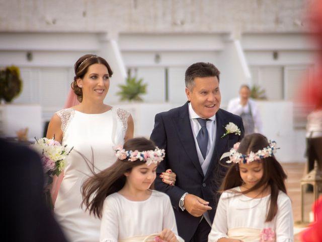 La boda de Javi y Lydia en Salobreña, Granada 11