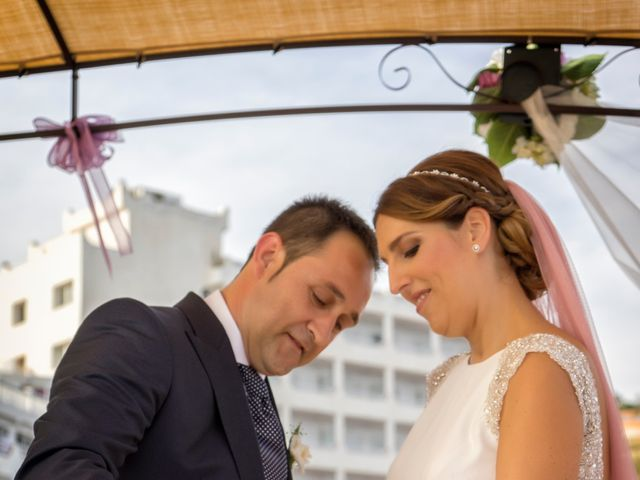La boda de Javi y Lydia en Salobreña, Granada 13
