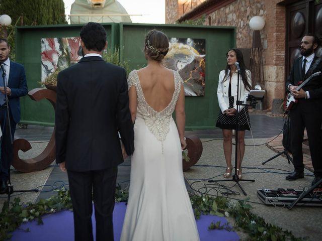 La boda de Juan y Raquel en Ballesteros De Calatrava, Ciudad Real 4