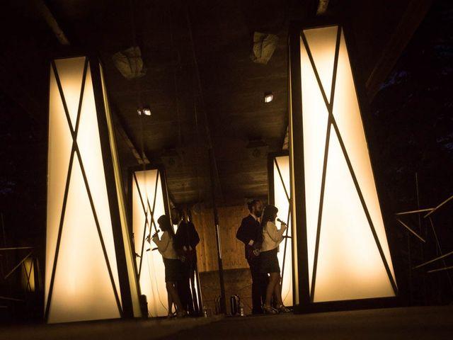 La boda de Juan y Raquel en Ballesteros De Calatrava, Ciudad Real 9