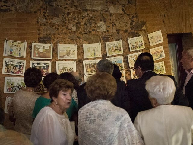 La boda de Juan y Raquel en Ballesteros De Calatrava, Ciudad Real 15