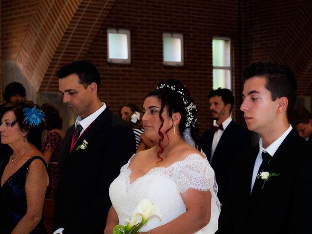 La boda de Carlos y Laura en Azuqueca De Henares, Guadalajara 17