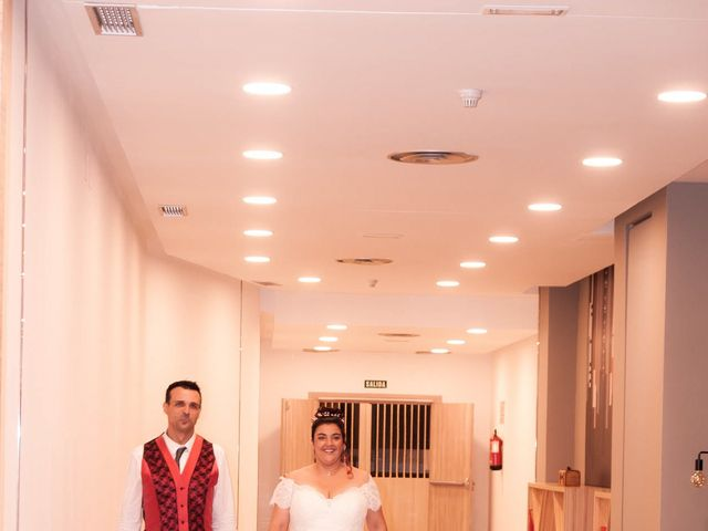 La boda de Carlos y Laura en Azuqueca De Henares, Guadalajara 29