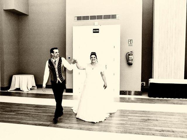 La boda de Carlos y Laura en Azuqueca De Henares, Guadalajara 40