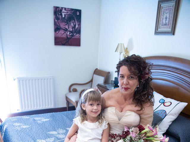 La boda de Amaia y Merino en Elgoibar, Guipúzcoa 38