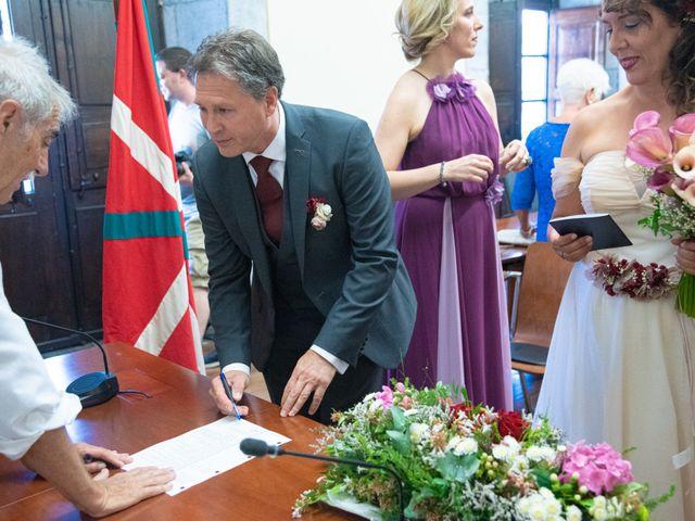 La boda de Amaia y Merino en Elgoibar, Guipúzcoa 83