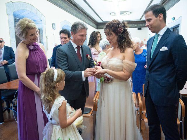 La boda de Amaia y Merino en Elgoibar, Guipúzcoa 94