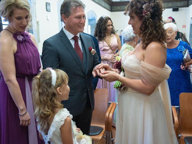 La boda de Amaia y Merino en Elgoibar, Guipúzcoa 97