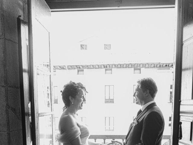 La boda de Amaia y Merino en Elgoibar, Guipúzcoa 111