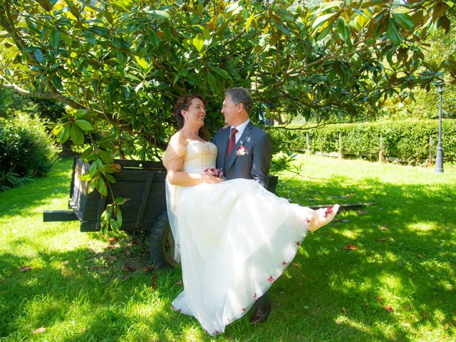 La boda de Amaia y Merino en Elgoibar, Guipúzcoa 133