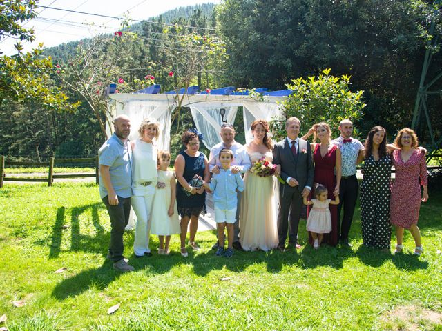 La boda de Amaia y Merino en Elgoibar, Guipúzcoa 177