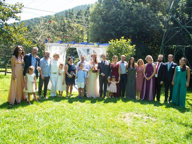 La boda de Amaia y Merino en Elgoibar, Guipúzcoa 178