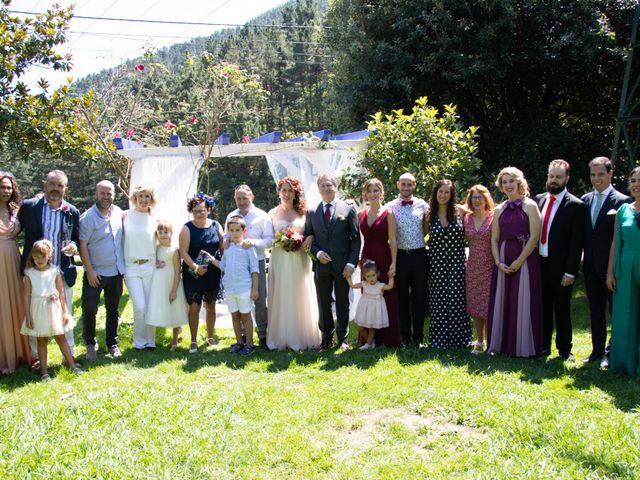 La boda de Amaia y Merino en Elgoibar, Guipúzcoa 183
