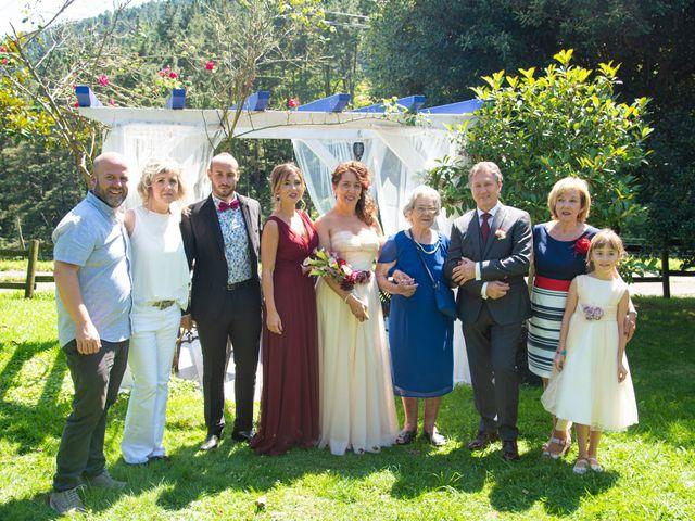La boda de Amaia y Merino en Elgoibar, Guipúzcoa 186